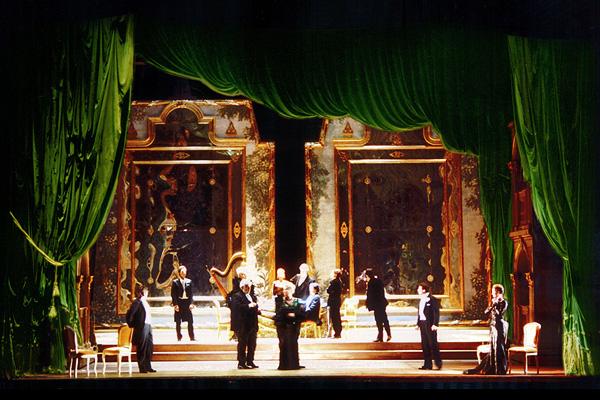 Teatro lirico 39 39 capriccio 39 39 pera l rica peroni for Imagenes de estanques decorados